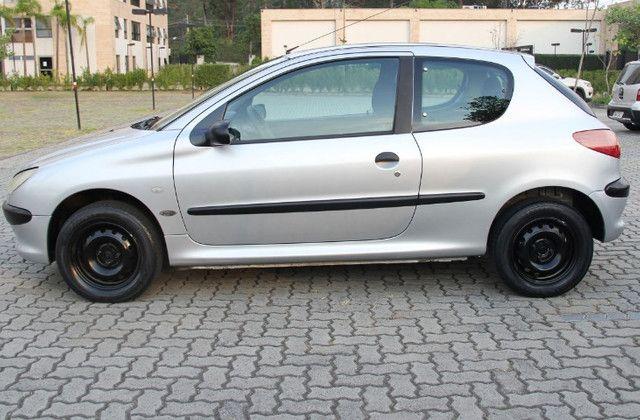 Peugeot 206 Selection Prata, 1.6 16V, modelo 2004 - Foto 4