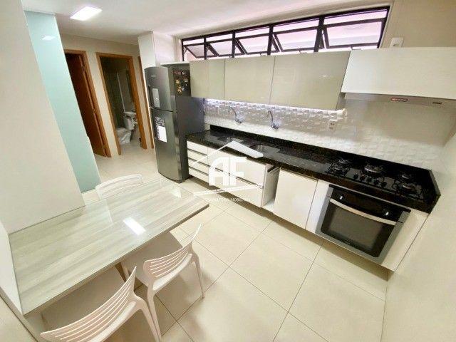 Apartamento com 3 quartos no Farol - Prédio com área de lazer completa - Foto 6