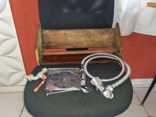 Ducha, torneira e etc - Foto 5