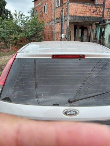 Fiesta 1.0 hacht 4 portas - Foto 2