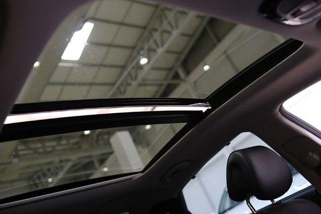 Venda de um automóvel Hyundai azera preto. - Foto 12