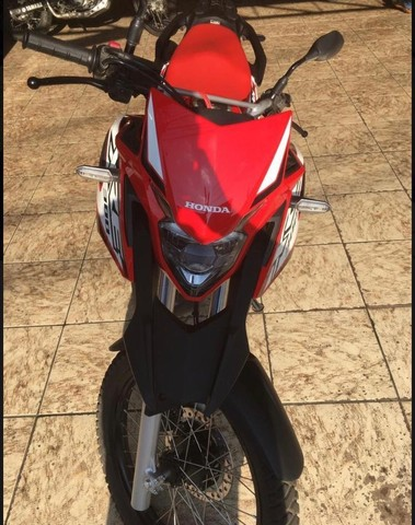 XRE 300 (última unidade)