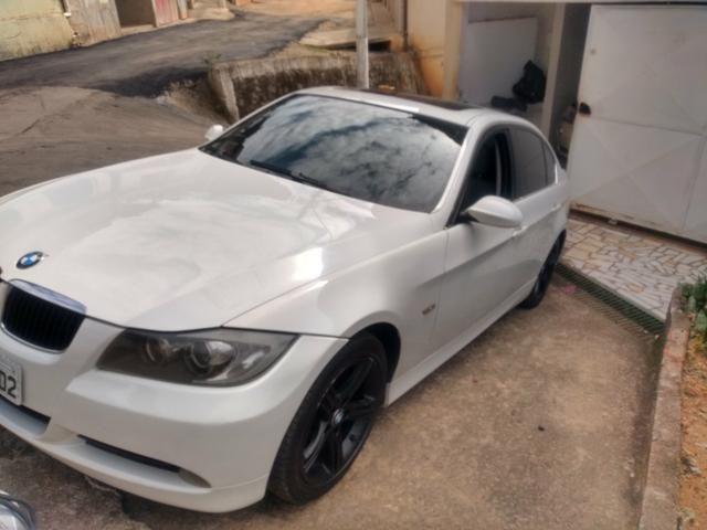 BMW 325i vendo troco financio