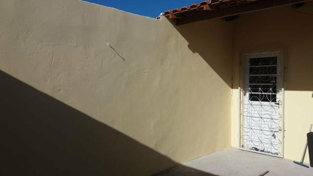 Linda casa estilo colônial com varandão - Foto 7