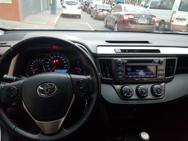 Toyota Rav4 2.0 4x2 Automático 2014 - Foto 13