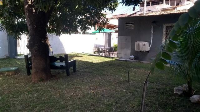 Casa com quintal em Itapuã em Excelente localização!(Veja o vídeo no Youtube!) - Foto 9