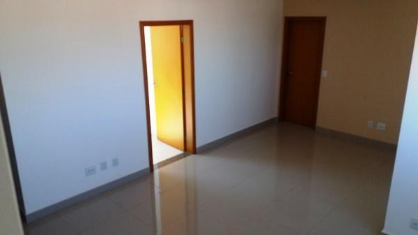 EXCELENTE COBERTURA COM ELEVADOR NO SERRANO!!! - Foto 9