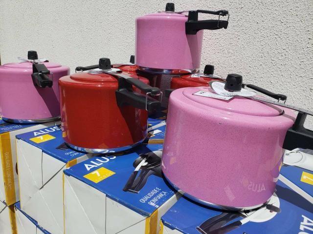 Panela de pressão 7 litros em promoção - Foto 4