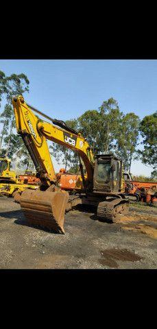 Escavadeira JCB - Foto 3