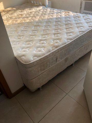 Cama Box e colchão Superking Ortobom tamanho 2x1,9
