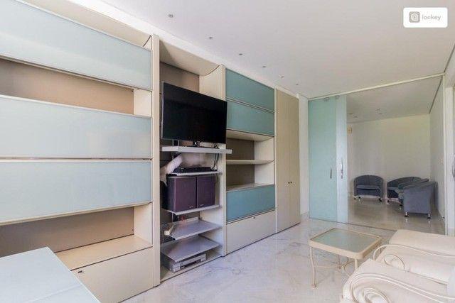 Apartamento com 290m² e 3 quartos - Foto 9