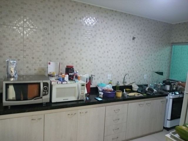 Casa 3 quartos suíte, montada em armários, prox a av t-9, financia - Foto 3