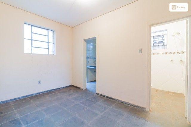 Casa com 234m² e 3 quartos - Foto 11
