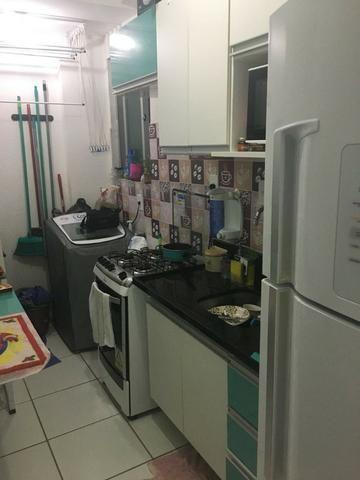 Apartamento na Barra dos Coqueiros , Cond Grand Ville ,2 /4 ,uma vaga de garagem