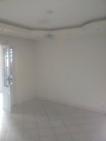 Casa 03 dormitórios, 2 banheiros, garagem para 3 carros- Ibura - Lagoa Encantada - Foto 4