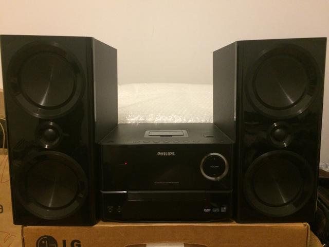 Mini system Philips 120W com Docking Apple