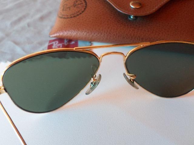 b83dbd5a0e0b5 Óculos Rayban Aviator small metal verde   dourado - Bijouterias ...