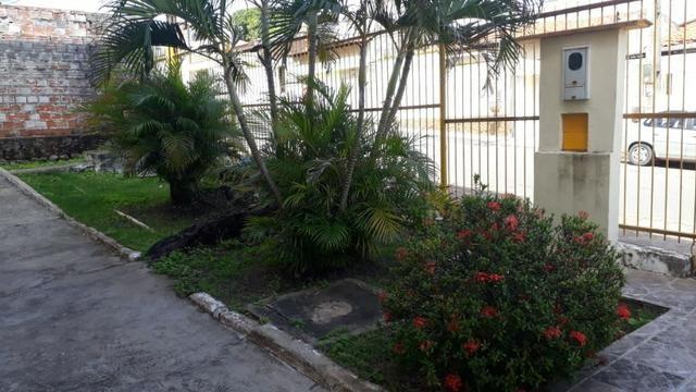 Vende-se Apartamento Parque Residencial Vinhais no bairro Cohafuma, - Foto 14