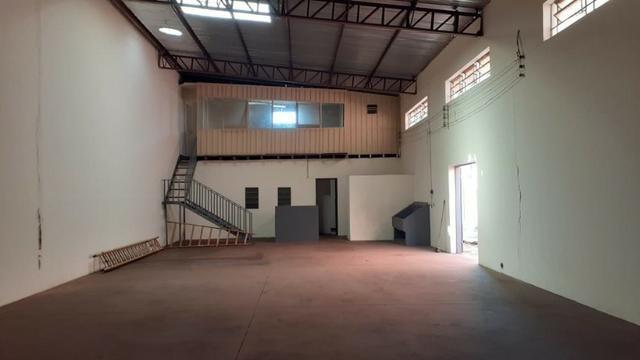 Vendo Excelente salão comercial na Av. Mascarenhas de Moraes - Foto 8