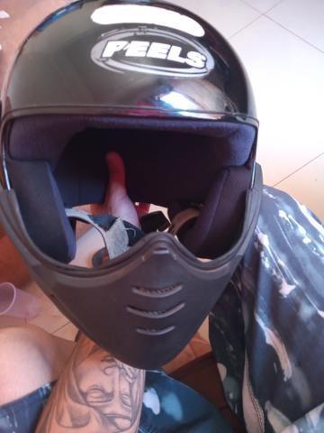Vendo ou troco em outro capacete mais volta