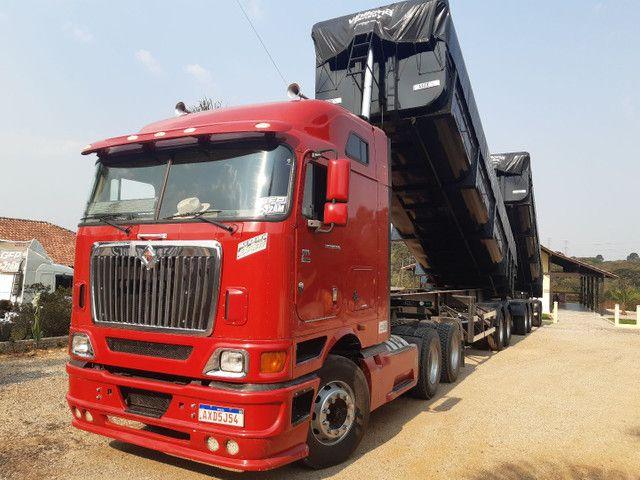 Caminhão navistar internacional 9800i  - Foto 4