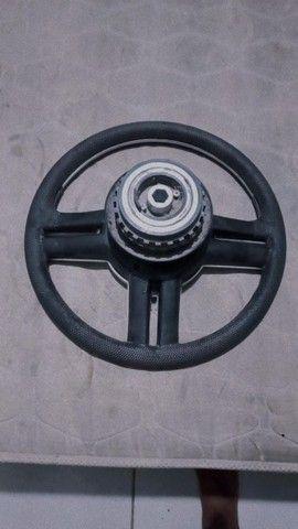 Vendo esse volante universal top - Foto 2
