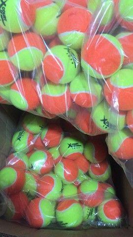 Bola de tênis e beach tênis