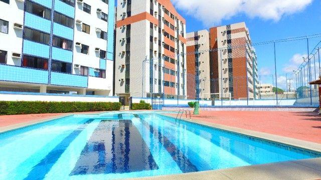 Oportunidade - Excelente apartamento 69m² - Vista para o mar de Cruz da Almas