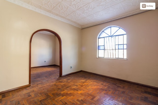 Casa com 234m² e 3 quartos - Foto 7