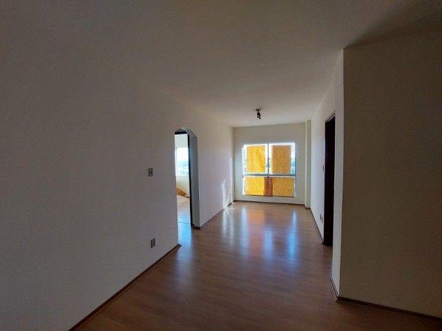 Apartamento central, 2 quartos, garagem, elevador - R$ 250.000,00 - Foto 6