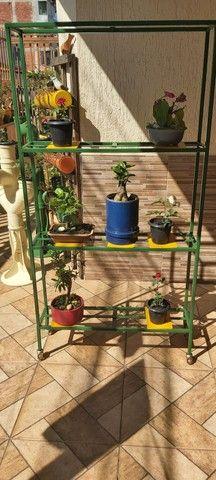 Vendo estante floreira - Foto 2