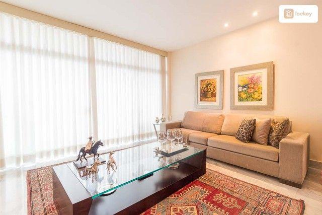 Apartamento com 217m² e 3 quartos - Foto 9