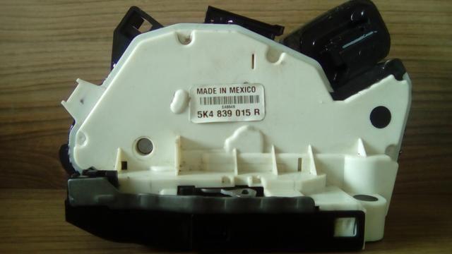 Conserto Trava Elétrica fechadura VW Jetta Golf Novo Fusca - Foto 4