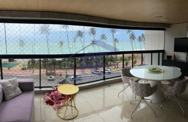 Apartamento beira mar com 4 suítes sendo 1 máster com hidro e closet - Jatiúca