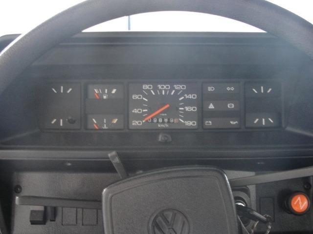 Vw - Volkswagen Voyage ( Placa Preta ) - Foto 9