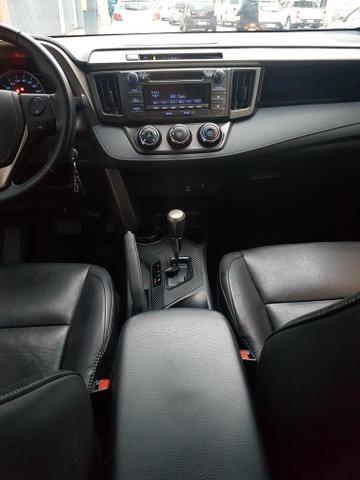 Toyota Rav4 2.0 4x2 Automático 2014 - Foto 16