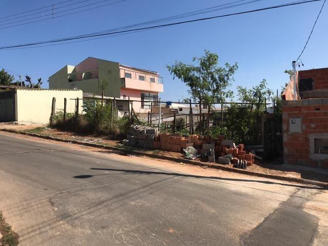 Terreno á Venda no bairro Jardim Alvorada
