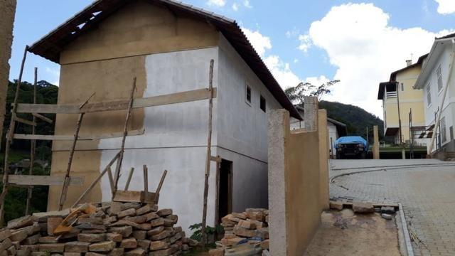 Casa em condomínio com 3 quartos -local tranquilo- Próximo ao Centro-Petrópolis - Foto 6