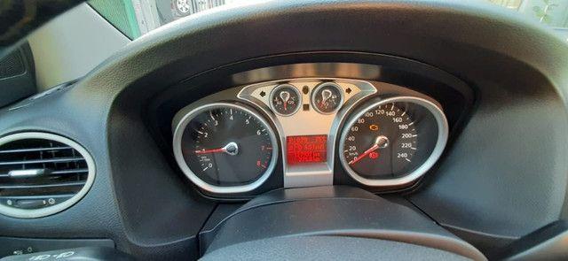 Vendo ford focus hatch 2.0 aut. flex - Foto 16