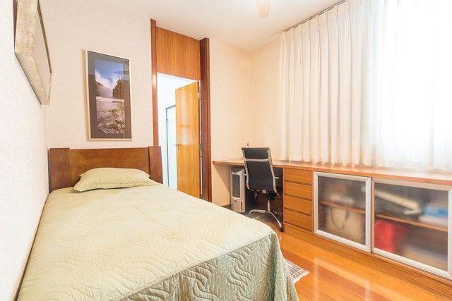 Apartamento com 217m² e 3 quartos - Foto 18