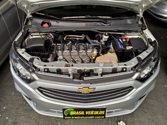 Chevrolet Onix 1.0 Flex 2020 Completo ( Aceitamos troca e financiamos ) - Foto 12