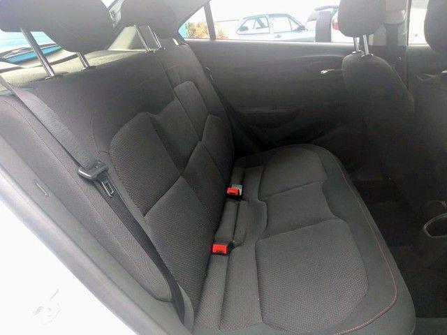 Onix Hatch LT 1.4 8V FlexPower 5p Aut. - Foto 9