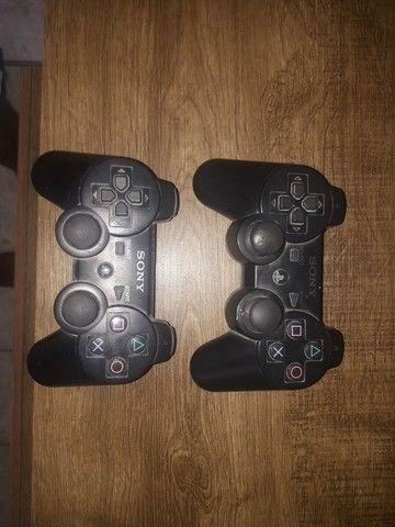 Ps3 por 1350 com 11 jogos e dois controles e um carregador  - Foto 4