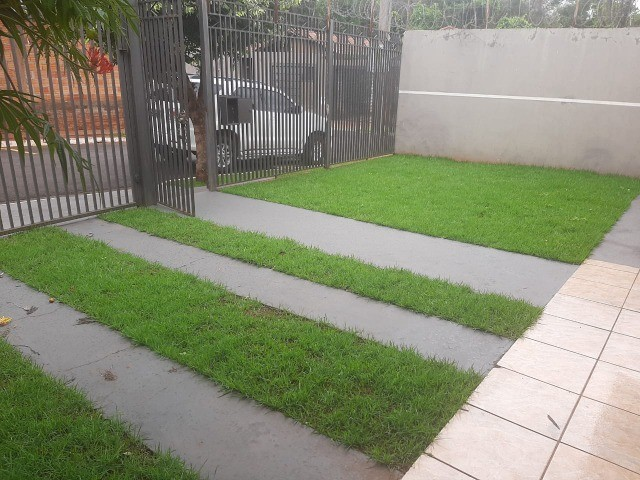 Linda Casa Condomínio Rita Vieira são 2 Suítes + 1 Quarto - Foto 18