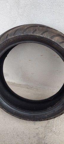 Vendo par de pneu