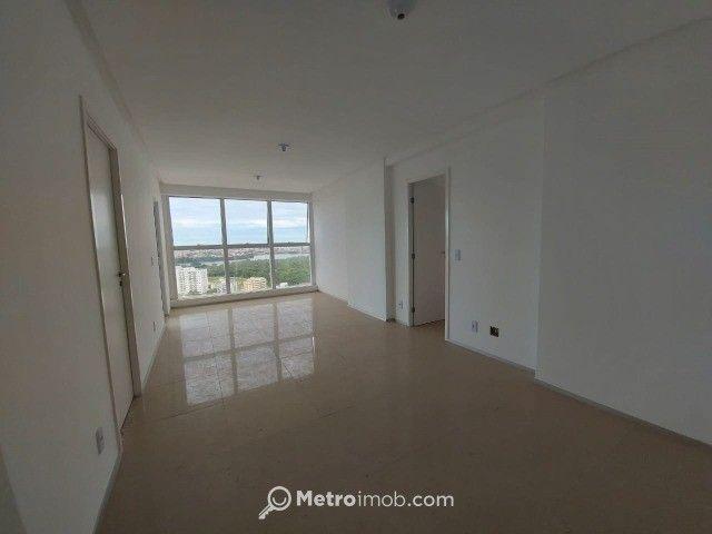 Apartamento com 3 quartos à venda, 82 m² por R$ 720.000 - Ponta do Farol - mn