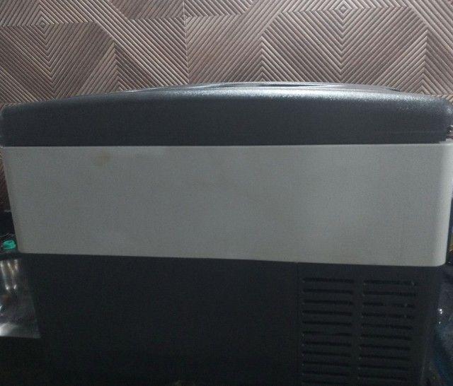 Geladeira para caminhão bivolt 31l digital