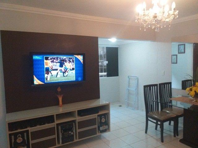 Alugo um Apartamento com Mobília Completa. - Foto 3