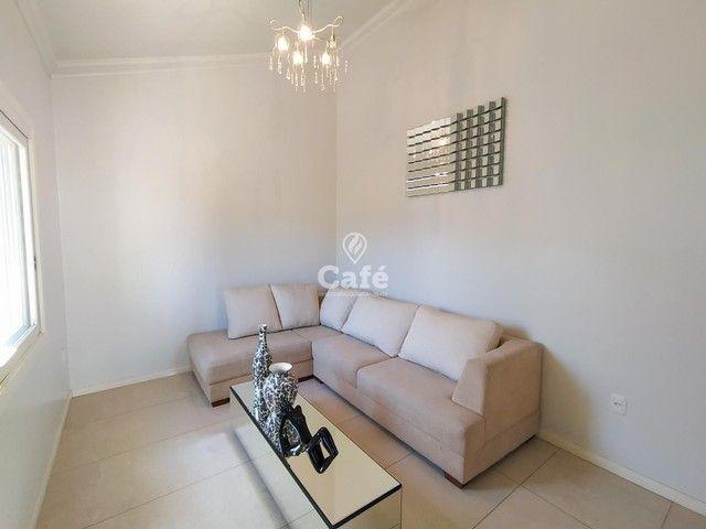 Casa possui 356,07 m² útil, com 4 amplos dormitórios, 2 Suítes sendo 2 master, piscina e s - Foto 8