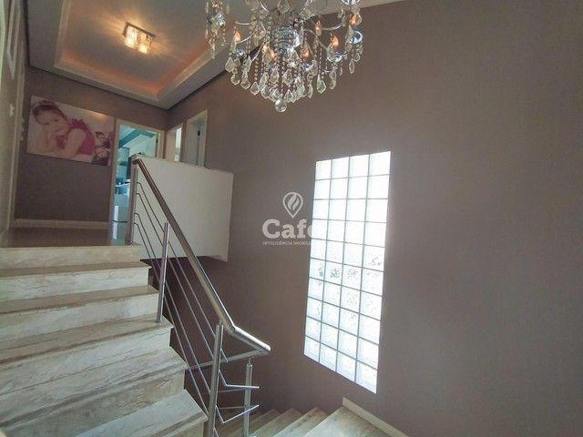 Casa possui 356,07 m² útil, com 4 amplos dormitórios, 2 Suítes sendo 2 master, piscina e s - Foto 10